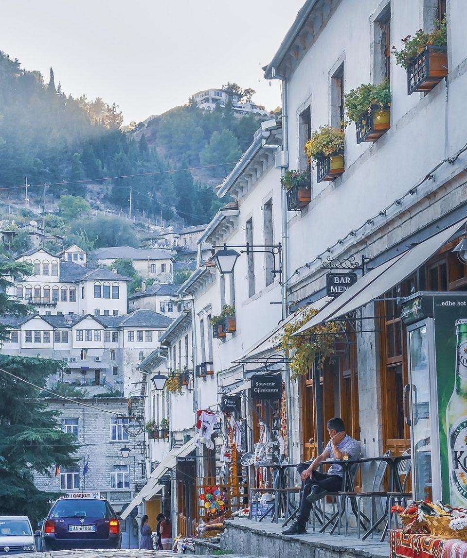 Albania pixa